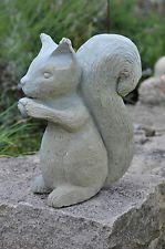 Gartenskulptur Naturstein Eichhörnchen Handarbeit kein Import Sandstein