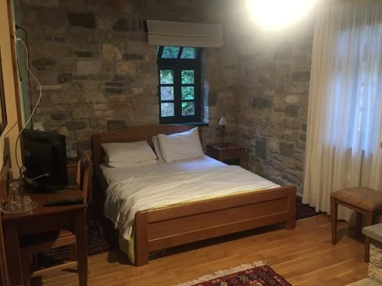 Book Gaia Guesthouse, Dilofo on TripAdvisor: See 38 traveler reviews, 130 candid photos, and great deals for Gaia Guesthouse, ranked #2 of 2 B&Bs / inns in Dilofo and rated 5 of 5 at TripAdvisor.