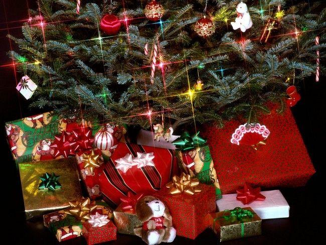 Коледа по време на криза   Christmas gift exchange themes ...