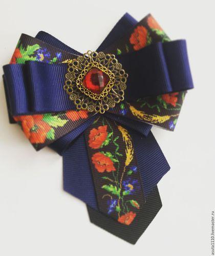 Купить или заказать Брошь - галстук ' Маки' в интернет-магазине на Ярмарке Мастеров. Необычная брошь, придает повседневному облику изюминку. Выполнена из качественного репса и фурнитуры под бронзу.…