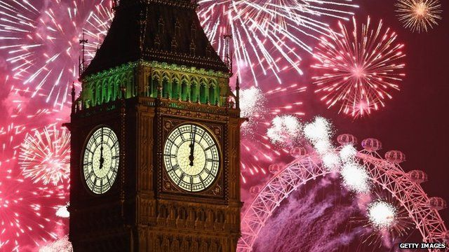 BBC News - London new year fireworks welcome 2014