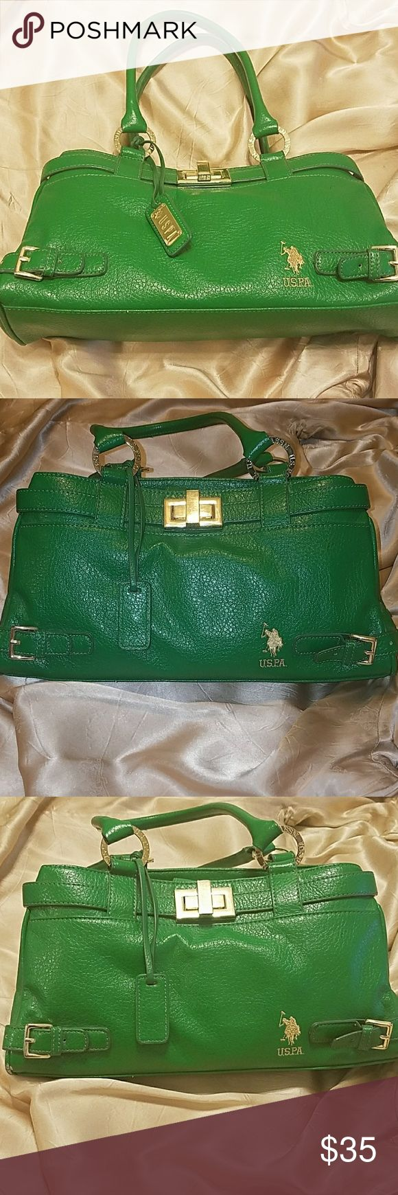 Green US POLO Handbag Green US POLO Handbag with gold embellishments. Great for a lunch with the girls or work. Well put together type of bag. U.S. Polo Assn. Bags