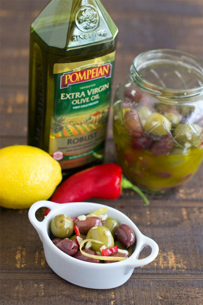 How to marinate olives at home,, like from an olive bar
