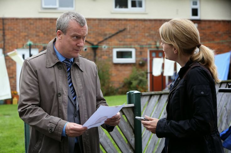 Stephen Tompkinson and Andrea Lowe in DCI Banks