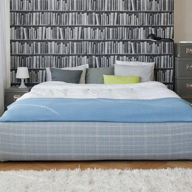 14 cache sommiers pour relooker votre lit ikea chic. Black Bedroom Furniture Sets. Home Design Ideas