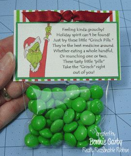 Free Printable Grinch Treat Bag Topper with Tutorial