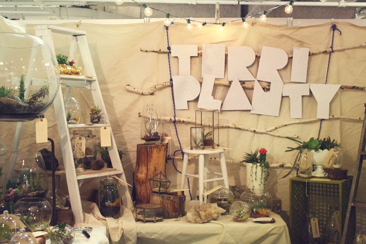 craft show booth: Anne Art, Crafts Show Booths, Booths Ideas, Booth Ideas, Crafts Booths, Crafts Fair Booths, Display Ideas, Craft Show Booths, Ladder Display
