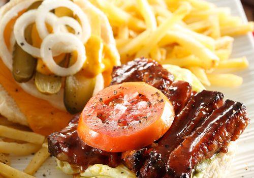 Barbecue pork rib burgers | Kos/Food | Pinterest