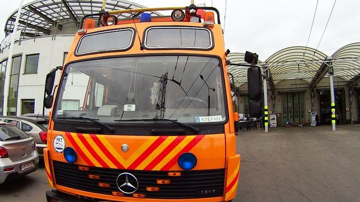 Zwiedzanie zajezdni trolejbusowej w Gdyni - wóz naorawczy