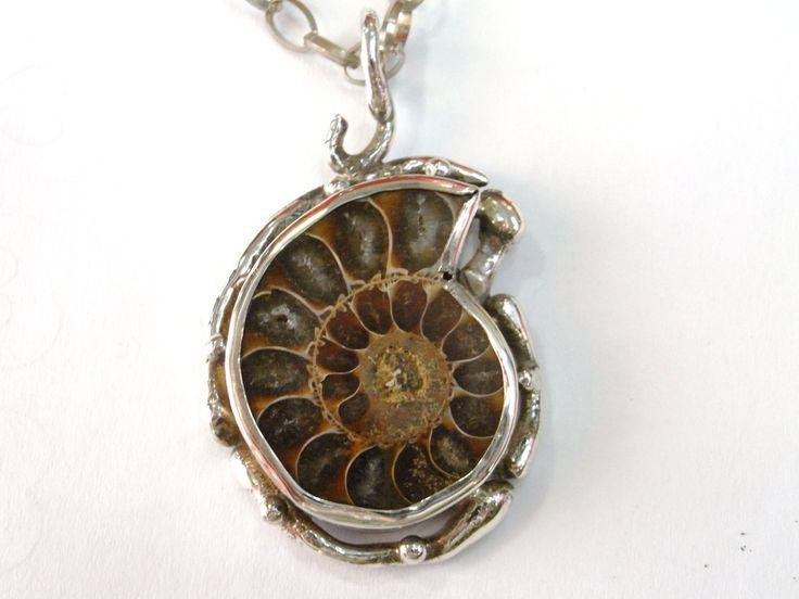Pendant ammonite by ArtimelitoByNikolaos on Etsy