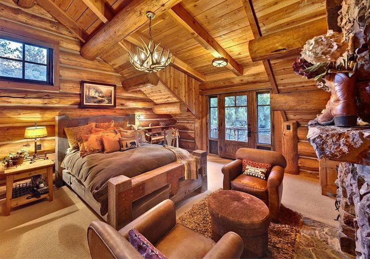 Rustic bedrooms Luxury Home