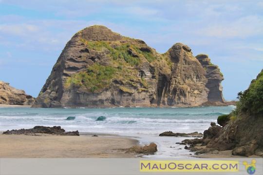 Um passeio pelas praias da costa oeste de #Auckland #PihaBeach