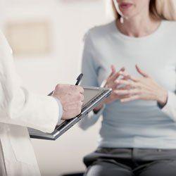 El problema más habitual que hace que las mujeres acudan a terapia sexual es la falta de ganas de tener sexo. Y la causa más frecuente es el uso de anticonceptivos hormonales.