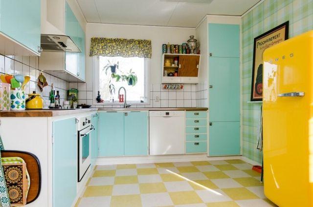Glad i färg: Hemnetkök-retro cottage look