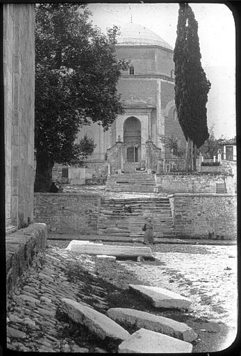 Bursa ; Brousse Mausolée Vert de Mehmet Ier Détail des façades et de l'escalier PhotographeRoy, Lucien (architecte) Date prise vue 1908