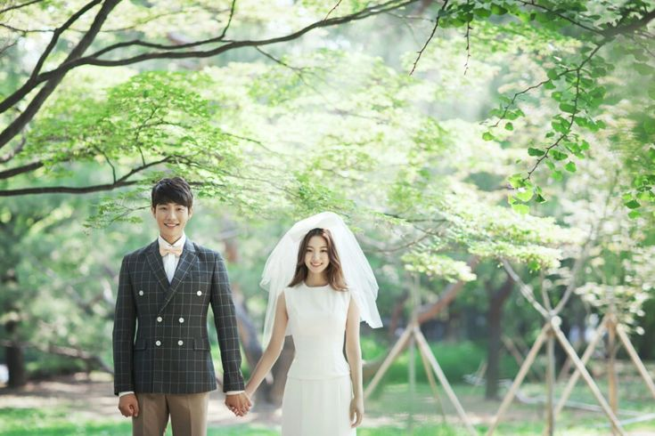 Korea Pre-Wedding Photography in Studio & Dosan Park, Seoul by May Studio on OneThreeOneFour 32