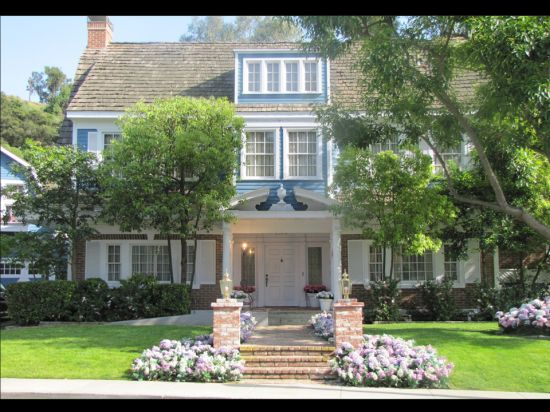 "The Van de Kamp House from ""Desperate Housewives""- my dream home"