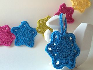 Simple Stars | Free crochet pattern, thanks so for download xox