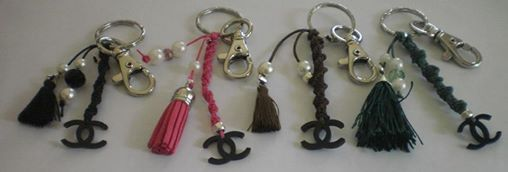 bijou pour sac ou porte-clefs