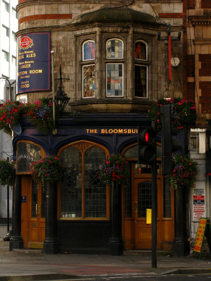 Pub The Bloomsbury, New Oxford street, London   Flickr - Photo Sharing!