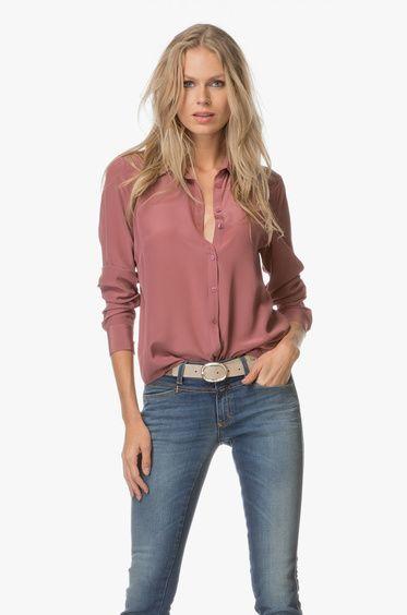 Zijden blouses, wij zijn er dol op! Deze roze mauve variant van FWSS is gemaakt van een lichtgewicht en uiterst zachte zijde kwaliteit.