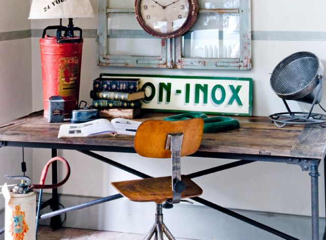 Rincones de trabajo vintage-industrial: Desks Chairs, Industrial Interiors, Industrial Chic, Industrial Decor, Fleas Marketing, Industrial Style, Industrial Offices, Home Offices, English Home