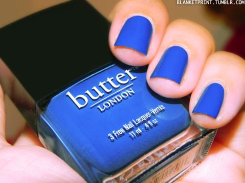 Electric blue nails! Love!