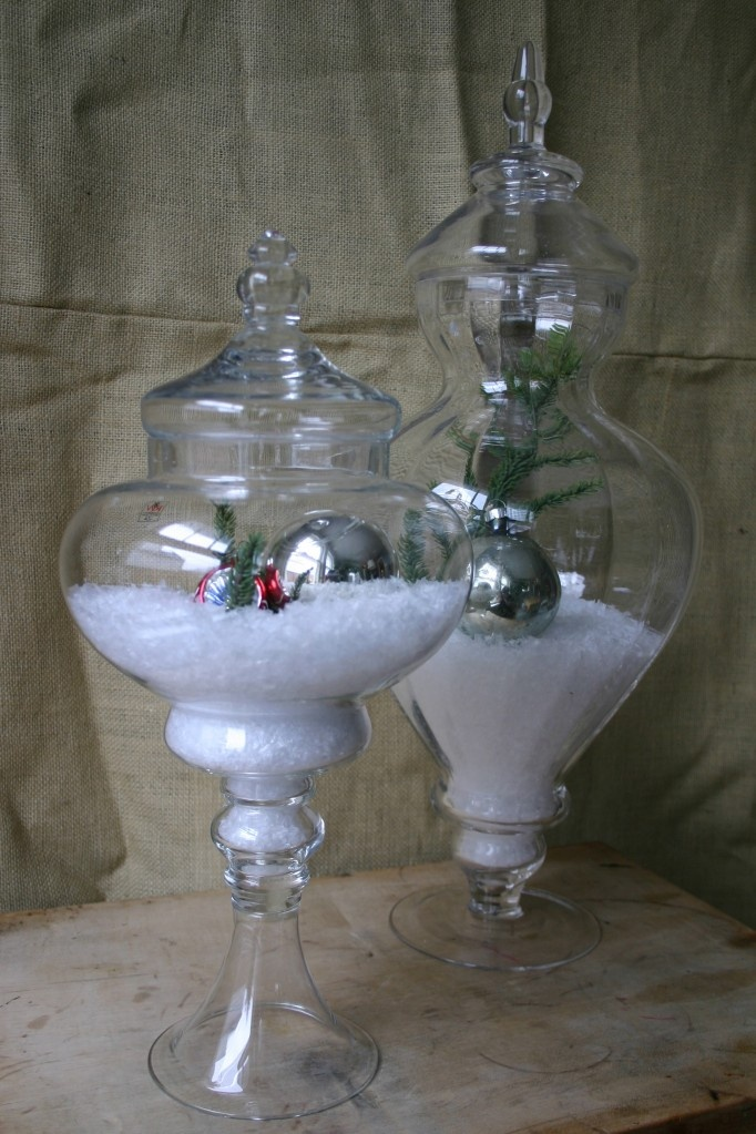 1000 images about christmas snowscenes under glass on for Christmas glass jars