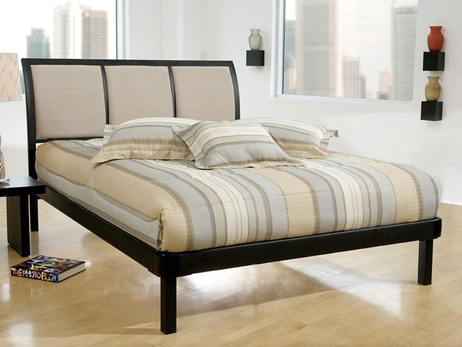 Erickson Full Size Bed Set With Rails   Hillsdale 1195HFR $459.00