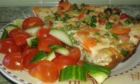 Zvířátkový den - zapečená zelenina se sýrem, vajíčkem a párkem