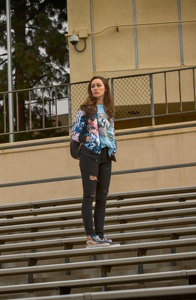 Alicia Clark  in Fear The Walking Dead S01E01