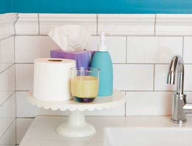 Repurposing: Clean Floors, Quick Cleaning, Organize Toiletries, Pretty Cake, Cleaning Techniques, Cake Stands, Cleaning Tips, Repurposed Organizers