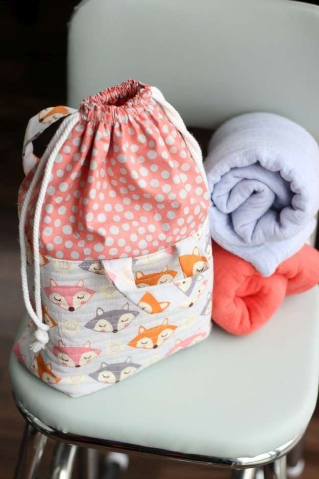 Quilted Gift Ideas #17: Fabric Drawstring Basket | Easy Quilted Gift Ideas You Can Sew For Your Girl Friends