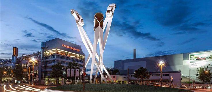 Stoccarda. Porsche intende installare un'opera d'arte presso la sede di Stoccarda-Zuffenhausen... http://www.inbenessere.it/2014/11/opera-arte-stoccarda-porscheplatz/