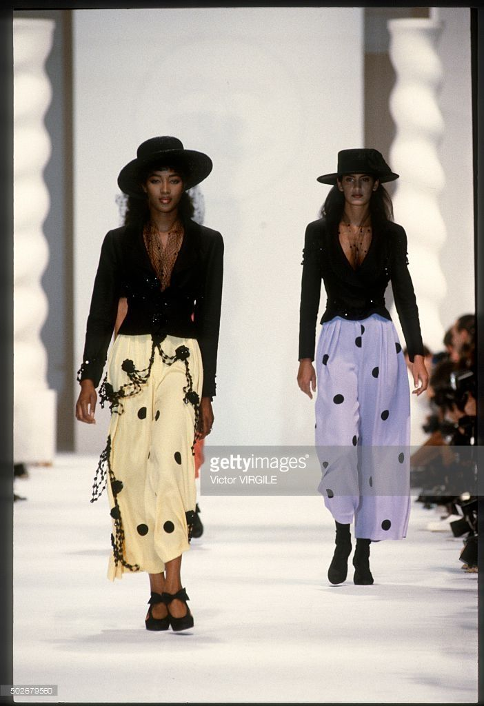 Naomi Campbell walks the runway during the Chanel Ready to Wear show as part of Paris Fashion Week Spring/Summer 1990-1991 in October, 1990 in Paris, France.