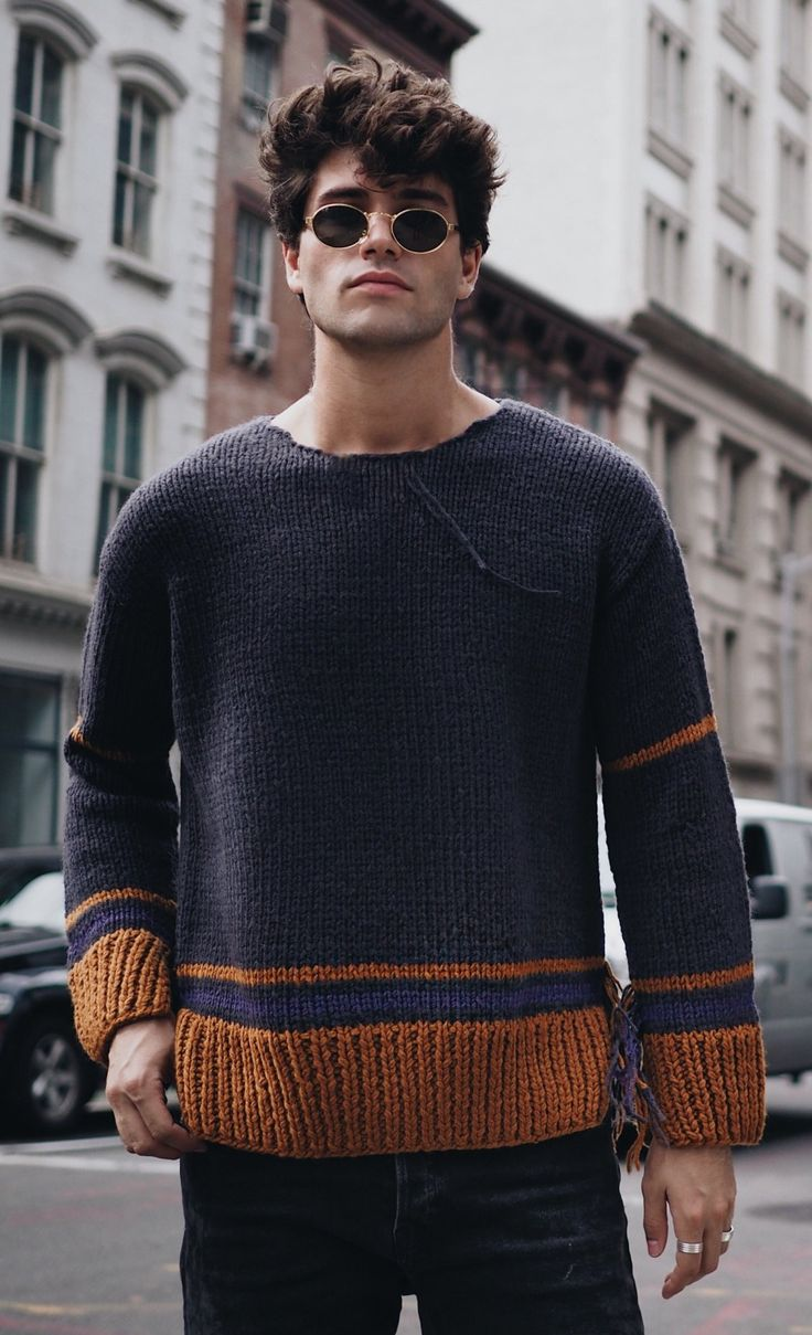 You deserve to unravel a bit in a knit like Marc Forne's cosy Maison Margiela. Explore now on Farfetch.