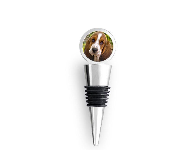 Basset Hound Dog on a Wine Bottle Stopper - pinned by pin4etsy.com