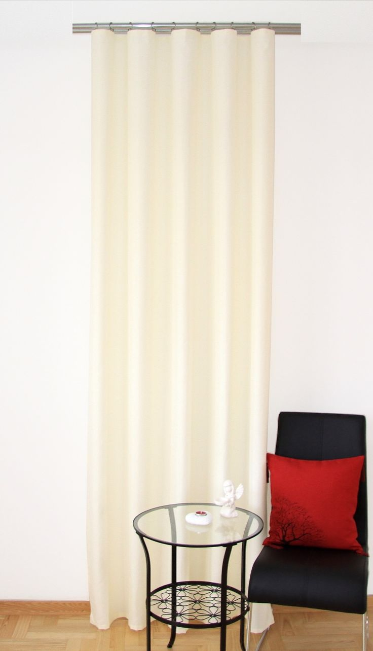 Kvalitný okenný záves krémový