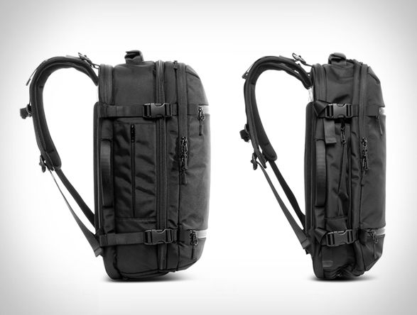Aer, a San Francisco sportswear brand, creators of the popular Aer Gym Duffel, have introduced a new good looking bag, the Aer Travel Pack, just in time for the summer travel season. Designed for the smart traveler, the sleek pack is perfect for week