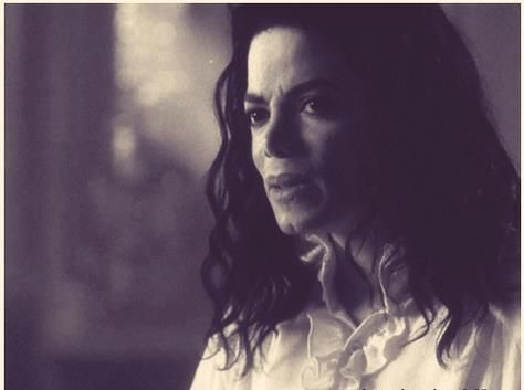 <3 Michael Jackson <3 - Ghosts - looks like he is a bit confused lol