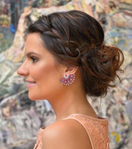 O final de semana foi muito especial para nossa cliente e amiga Lelê Saddi. Marcos Proença e Nádia Tambasco foram os responsáveis pela beleza da noiva.