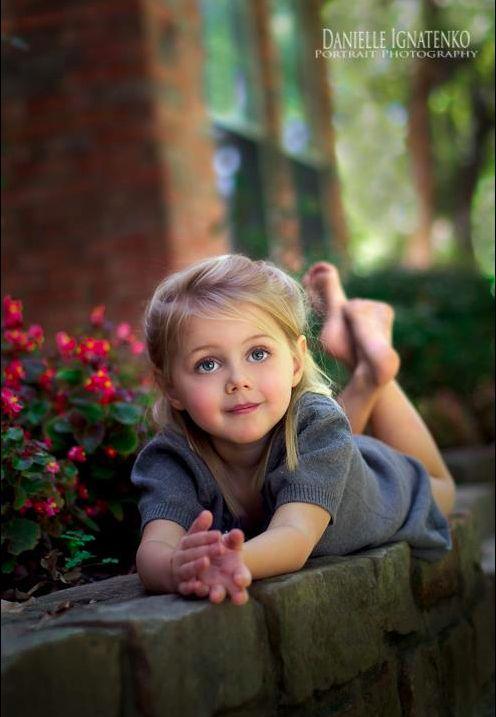 Beautiful child portrait!