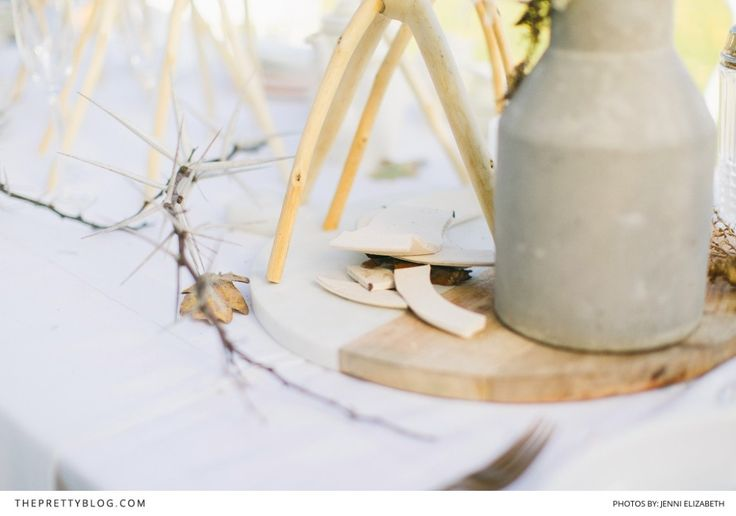 Muted Wilderness: Modern Wedding Inspiration | Styled Shoots | The Pretty Blog