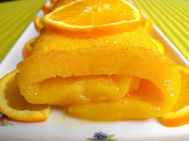 Torta de laranja - tb é bom reduzindo ao açucar (de coco) e adicionando umas tamaras liquidificadas com o sumo e raspa de laranja