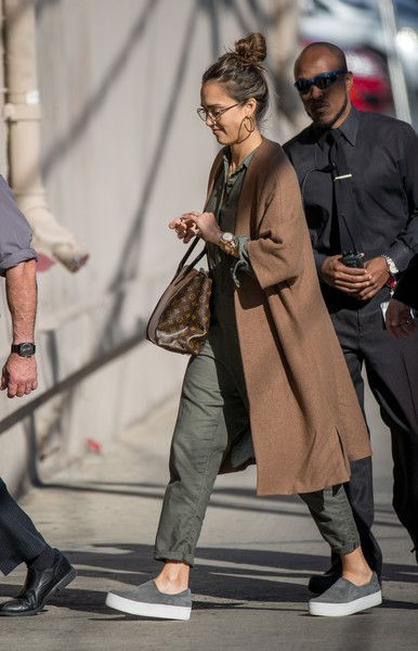 Jessica Alba Photos Photos - Jessica Alba is seen at 'Jimmy Kimmel Live' on March 7, 2017. - Jessica Alba Appears on 'Kimmel'