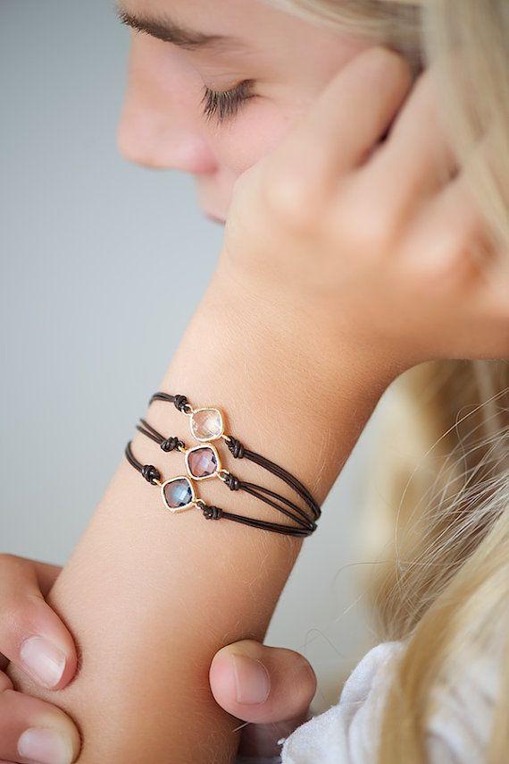 Leather bracelet with quartz squares or drops