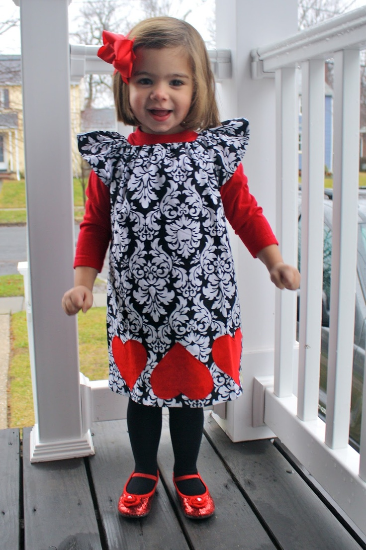 Love the looks from Curious Georgia (Etsy shop)!A rectangle with rffles for straps and valentine hearts.  Easy and very cute!@!
