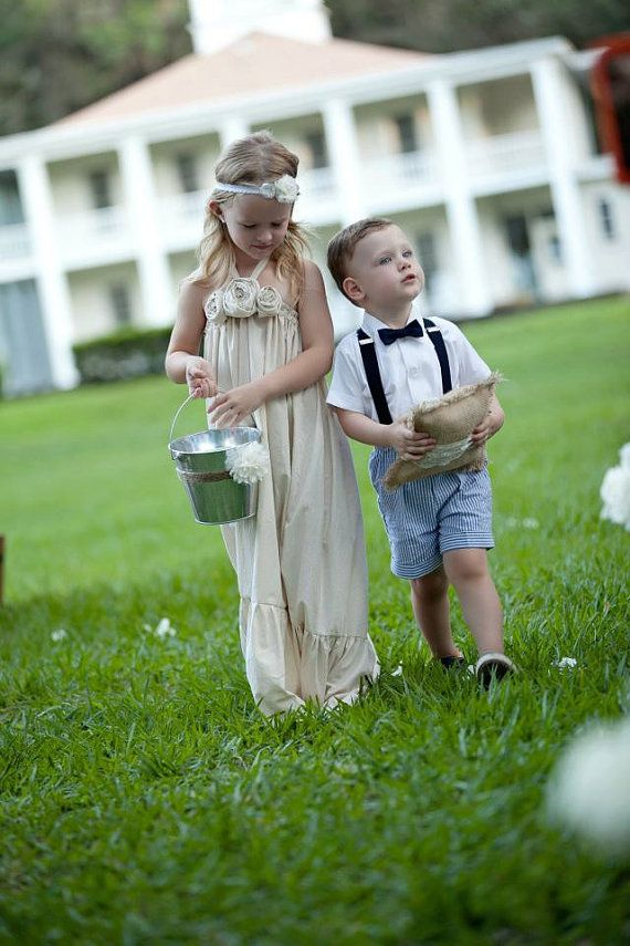 Best 25  Country flower girls ideas only on Pinterest | Rustic ...