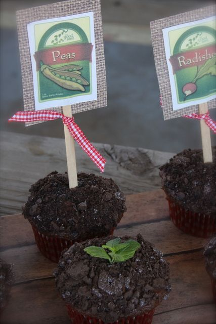 """""""Dirt"""" cupcakes. Dig into reading theme. No recipe attached.  Choclate frosting with crumbled oreos on top? Sprig of herb? Edible craft. Tween library craft. Maybe for """"truck"""" birthday party??"""