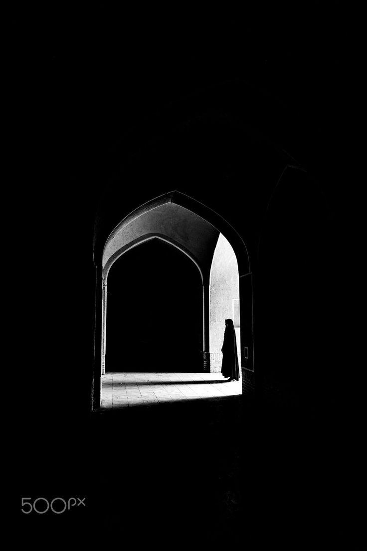 entrance by Hesam Bagheri - Photo 167238115 - 500px.  #500px #blackandwhite #schwarzweiss #noiretblanc #siyahbeyaz #monochrome #rafsanjan #iran #girl #light #shadow #fashion #white #black #dark #scarf #veil #veiled #architecture #building #entry #ancient #augsburg #ulm #münchen #stuttgart #frankfurt
